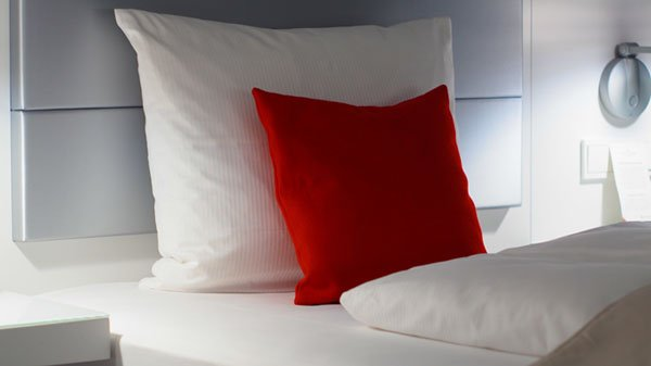 Pillows Material : The Basic Differences Between